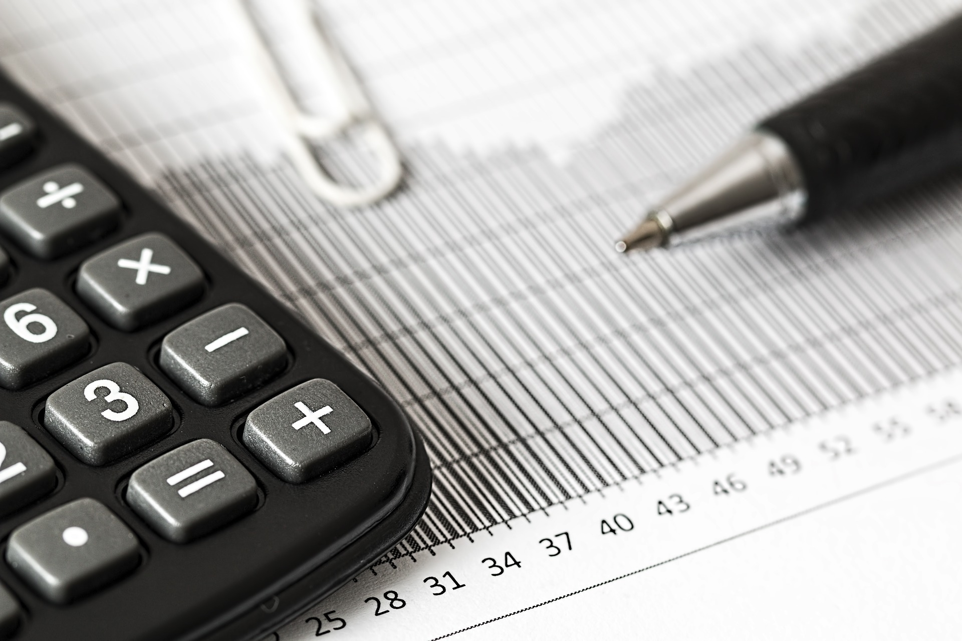 calculator-1680905_1920As an SME, Will You Get More or Less From a Local Accounting Agency